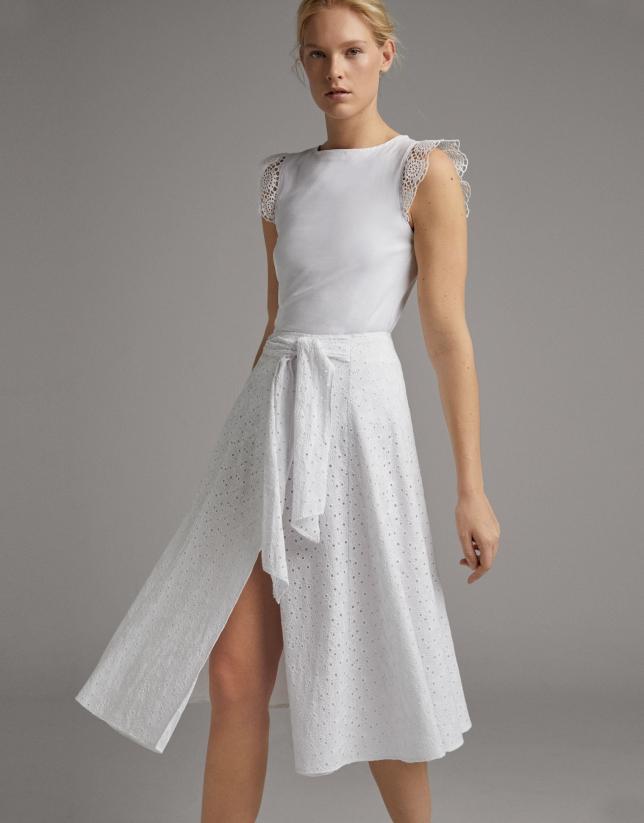 Falda midi cruzada con lazada blanca