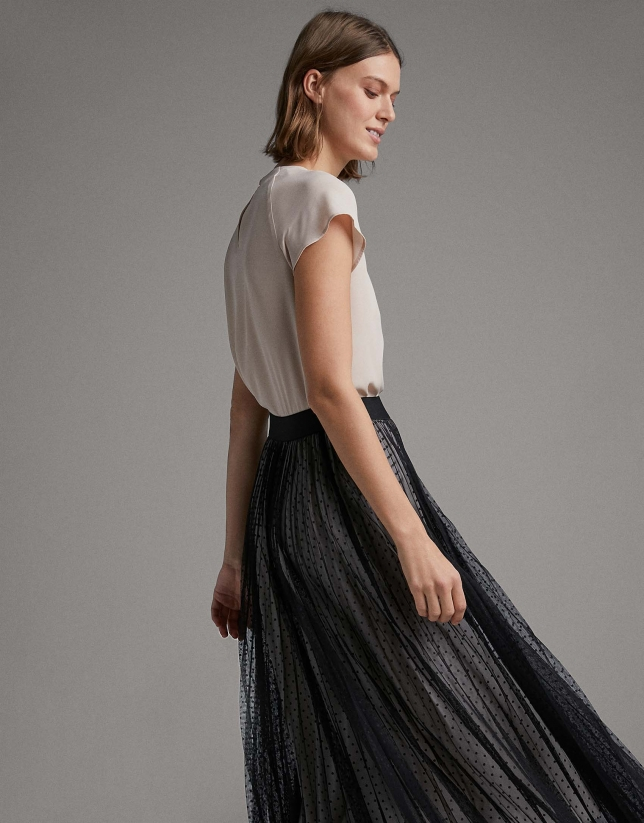 Falda larga plisada tul con topos