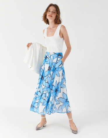 Blue floral print skirt with flounce