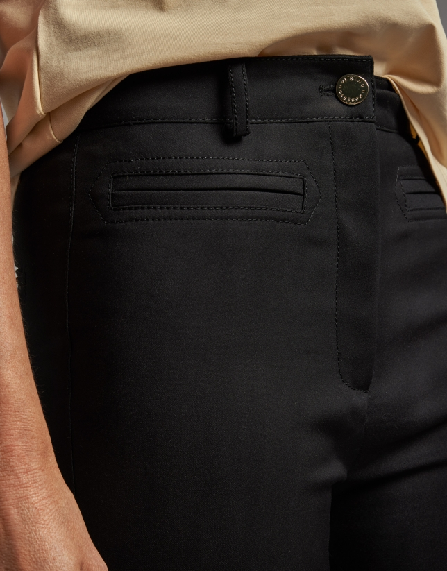 Pantalón pitillo cintura alta negro