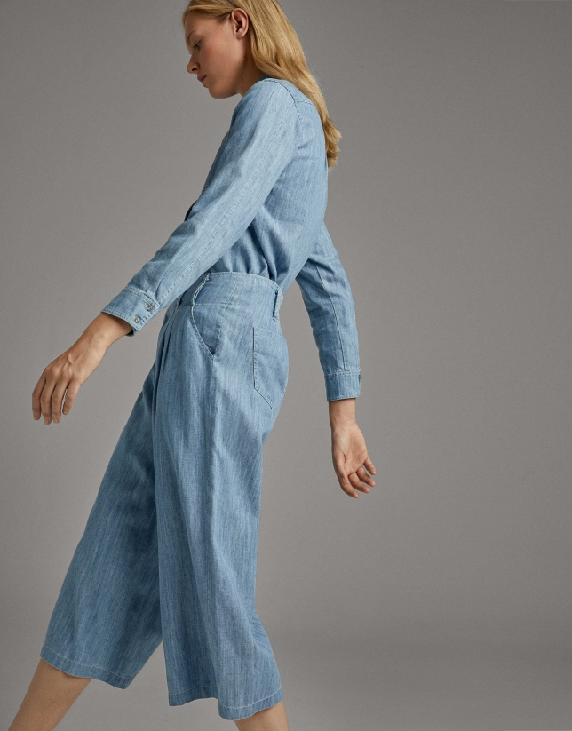 Blue flowing cropped pants