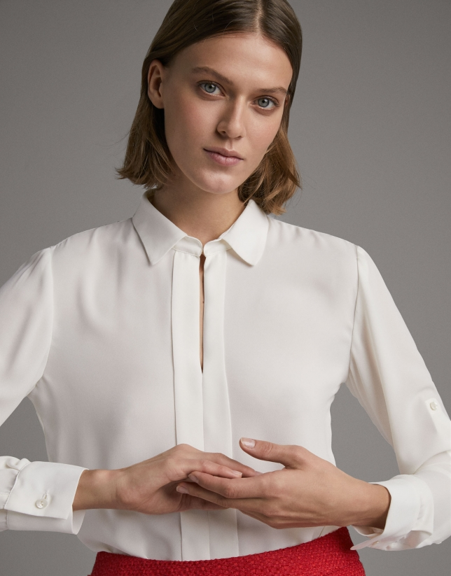 Beige shirt with long sleeves and loops