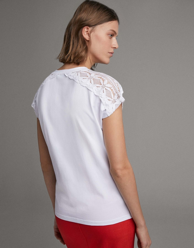 Beige short-sleeve top with chantilly lace