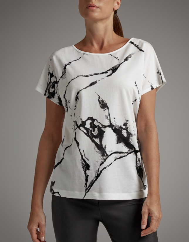 Camiseta estampado mármol blanco
