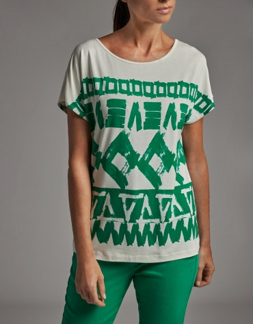Green geometric print top