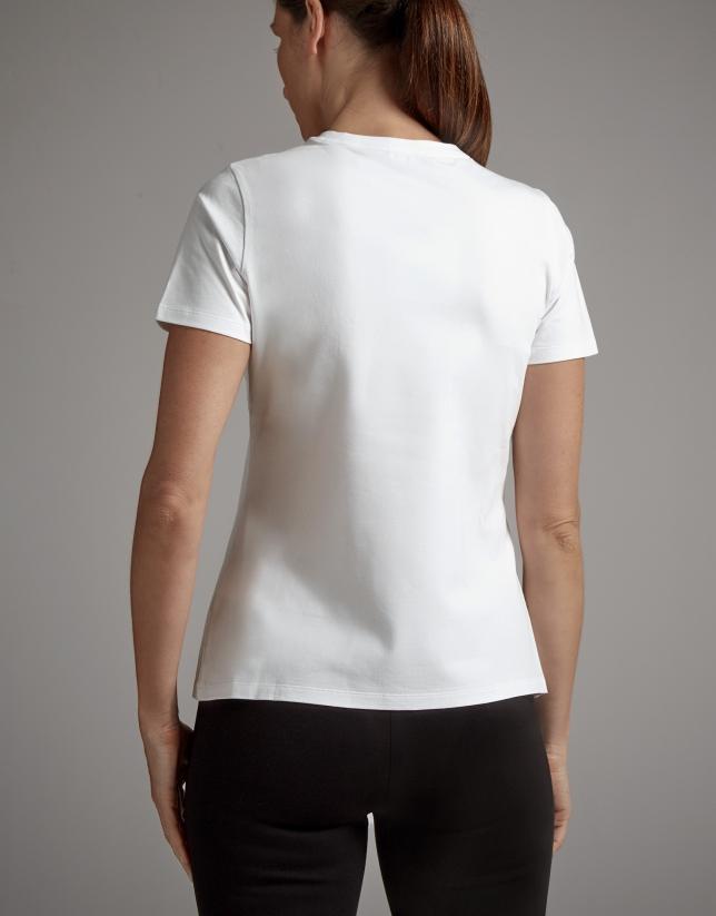 Camiseta blanca con bordado Verino y bailarina