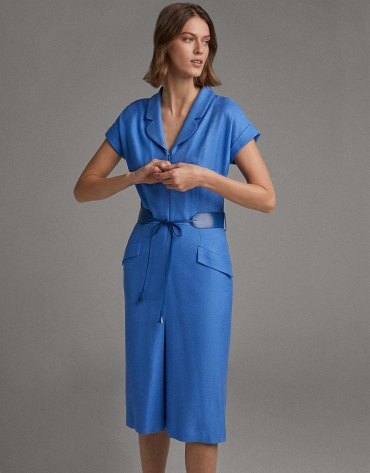 Blue shirtwaist dress with short sleeves