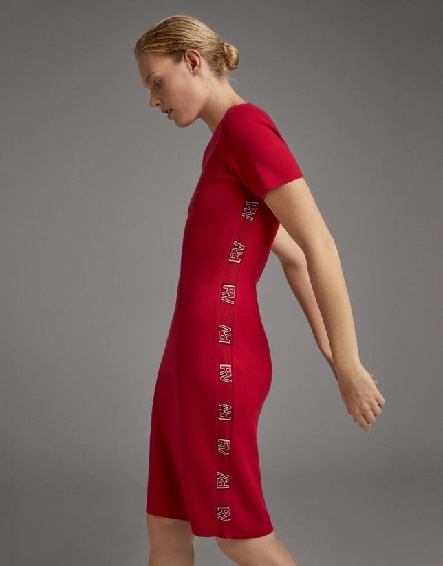 Vestido midi de punto rojo con jacquard RV en lateral