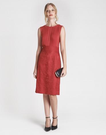 Vestido midi rojo con encaje
