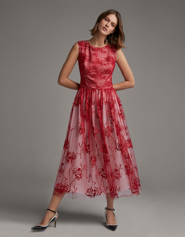 Burgundy pleated tulle midi dress with embroidery
