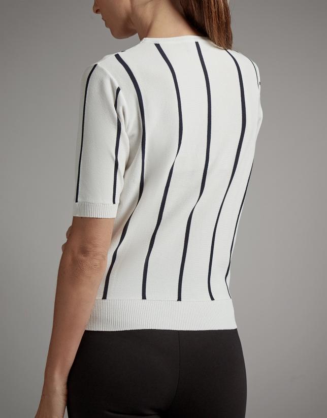 Jersey rayas blanco y negro y escote cruzado
