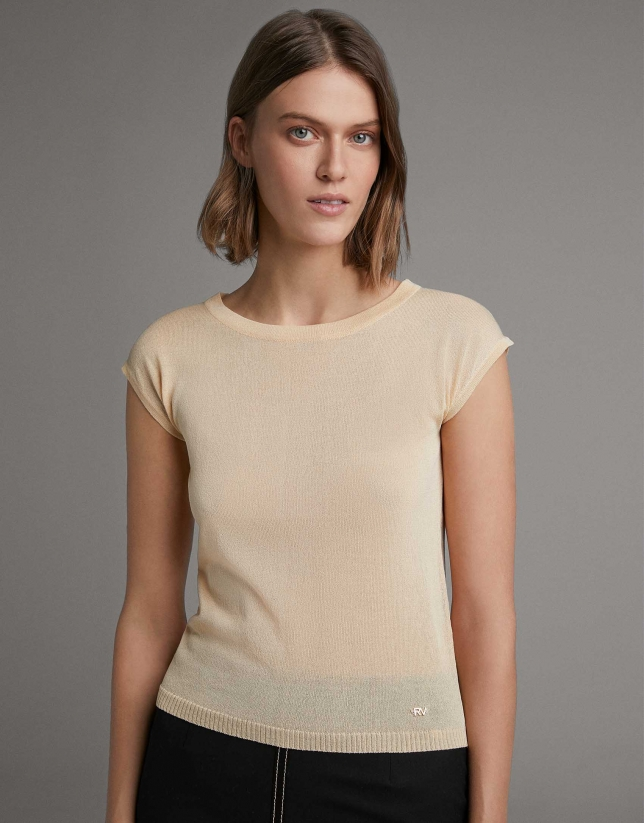 Yellow sweater with dropped sleeves
