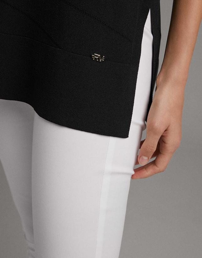 Jersey sin mangas con fantasía en color negro