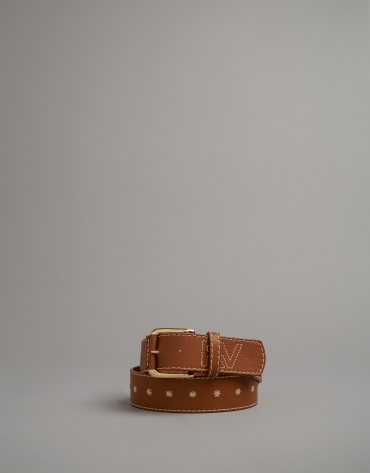 Brown leather belt with embroidered RV logo