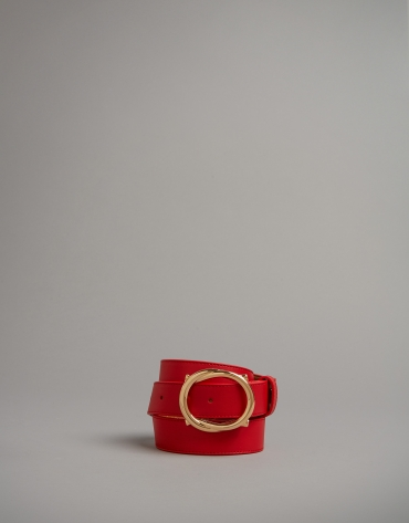 Red leather belt with round buckle