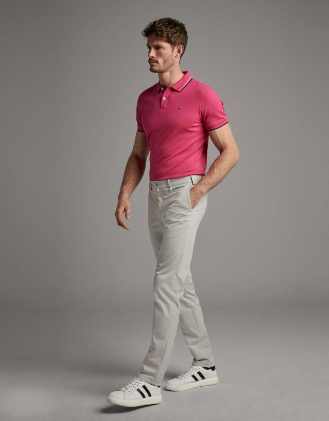 Pantalón chino gris claro