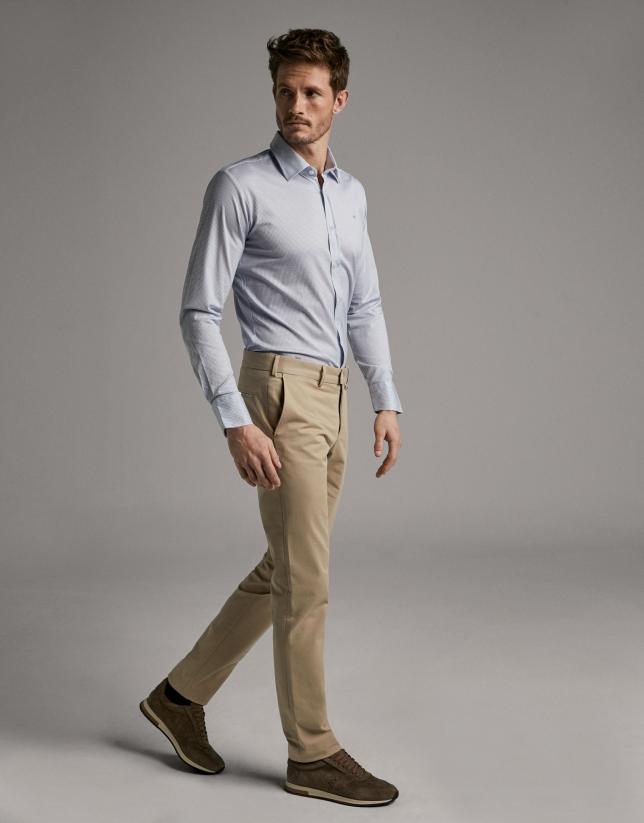 Pantalón chino cámel claro