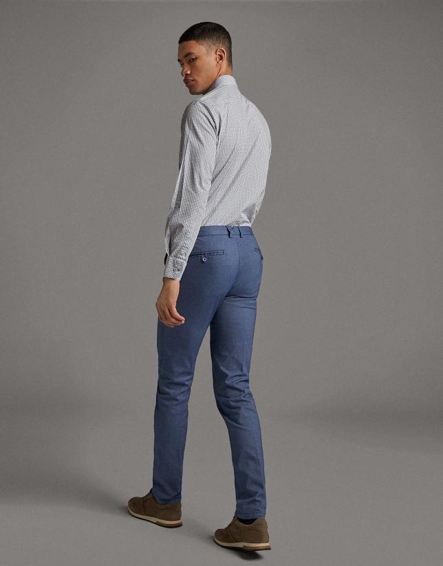 Pantalón chino estructura azul