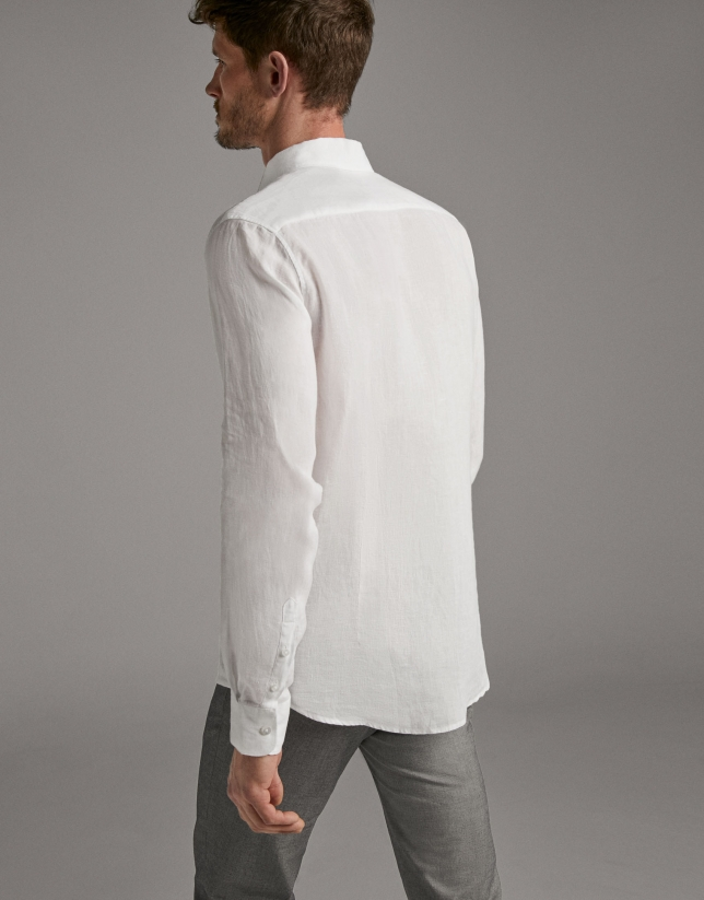 White linen, regular fit, sport shirt