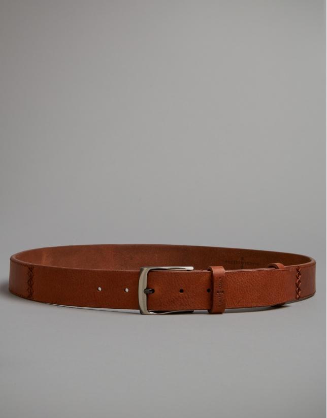 Cinturón  pespuntes marrón