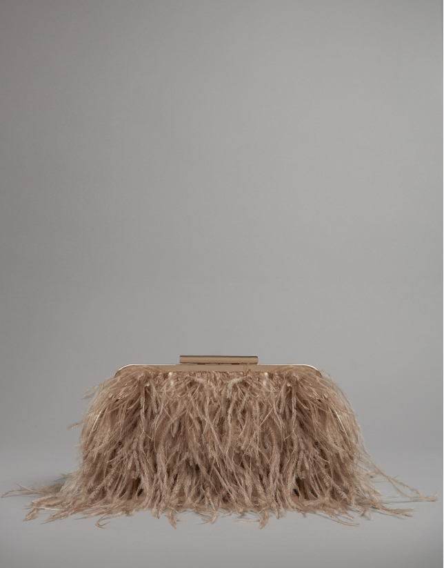 Light beige Manuk clutch bag with ostrich feathers