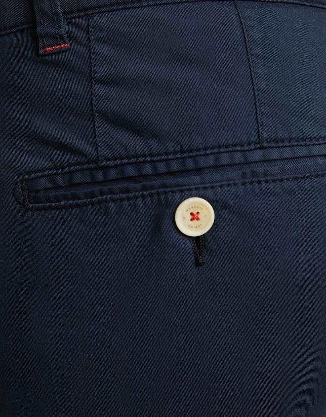 Navy blue cotton bermudas