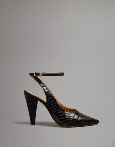 Black embossed snakeskin leather shoes with heels