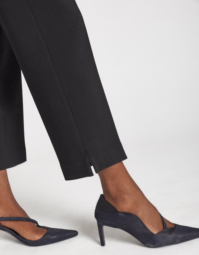 Black straight ankle-length pants