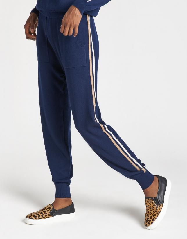 Blue knit jogging pants