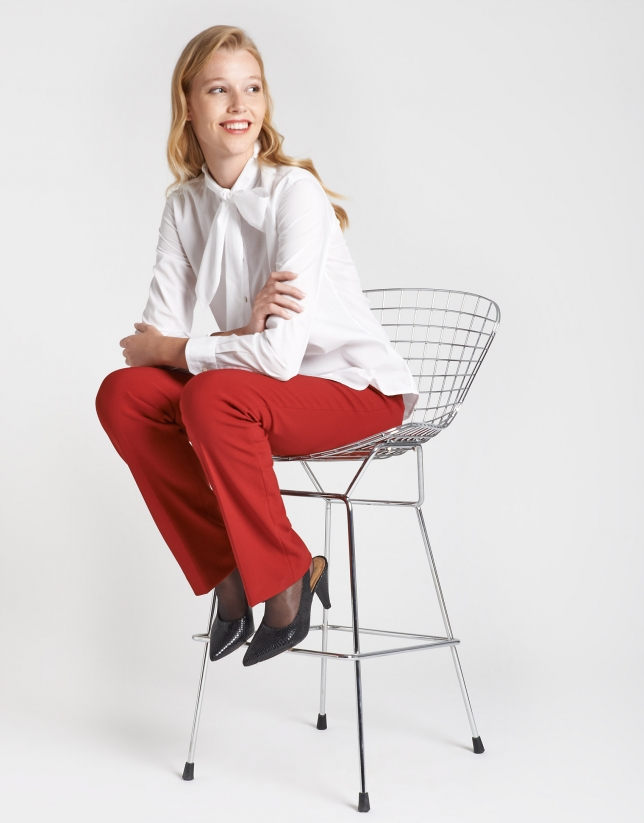 Red back-stitched straight ankle-length pants