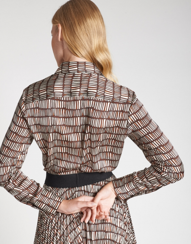 Camisa estampado geométrico marrones