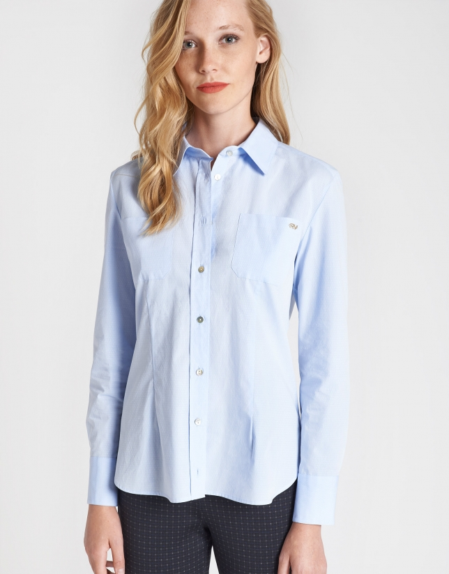 Blue shirt with two pockets