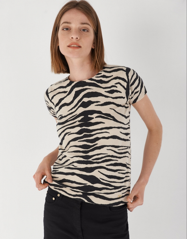 Black and white animal print top with short sleeves