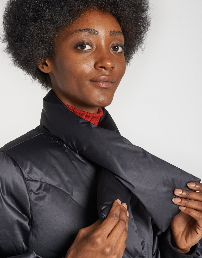 Black quilted windbreaker with bow collar