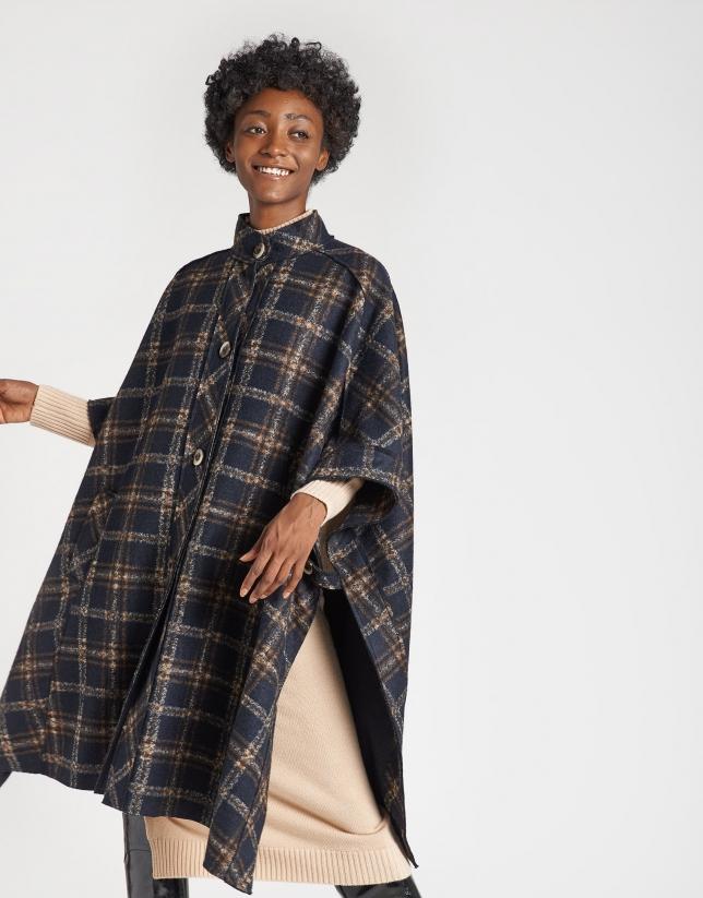 Blue checked cloth cape coat