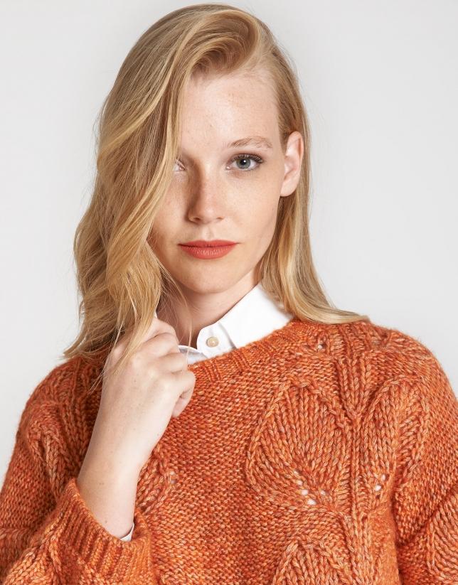 Red brick openwork sweater