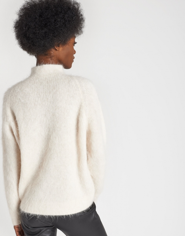 Beige sweater with Juliette sleeves
