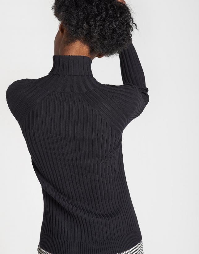 Jersey canalé negro