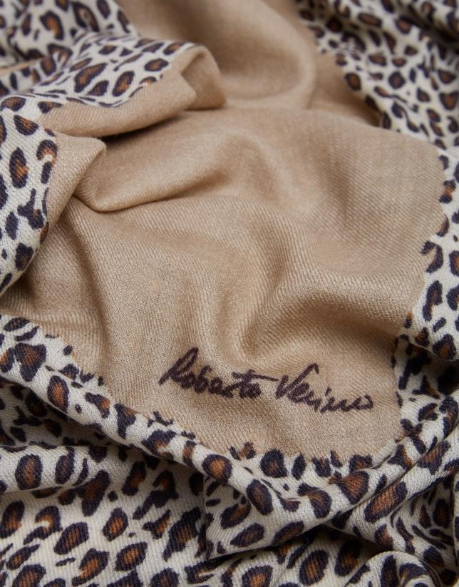 Beige leopard print foulard