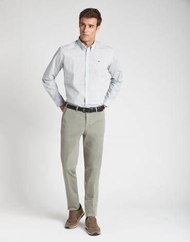 Pantalón chino slim caqui claro