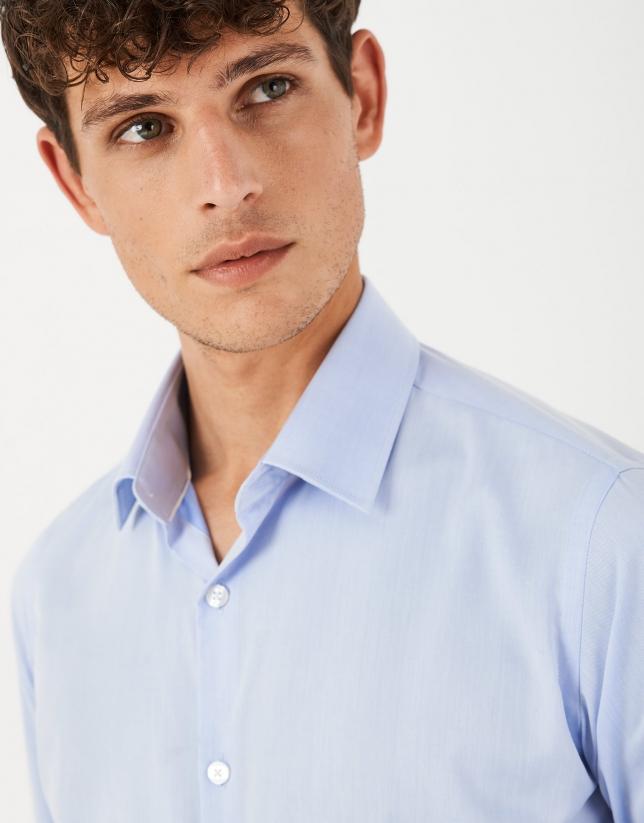 Camisa vestir regular easy care celeste