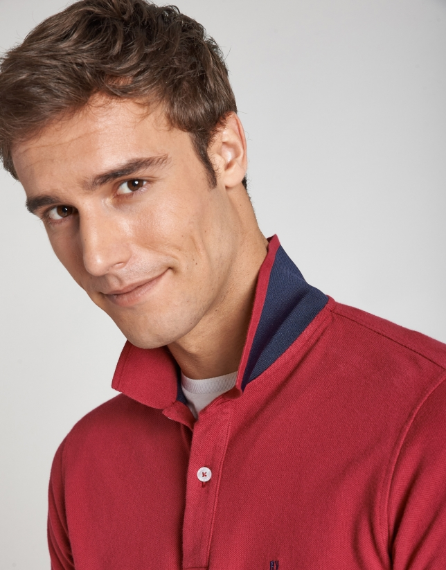 Raspberry pique polo shirt with short sleeves
