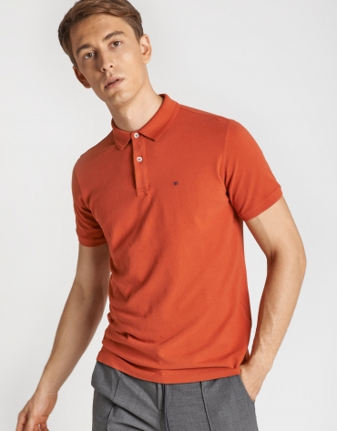 Orange pique polo shirt with short sleeves
