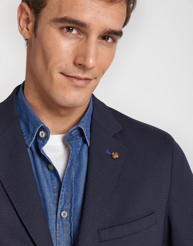 Navy blue virgin wool blazer