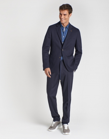 Navy blue virgin wool blazer