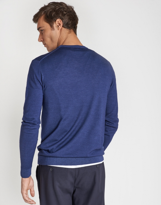 Dyed blue wool sweater with square collar