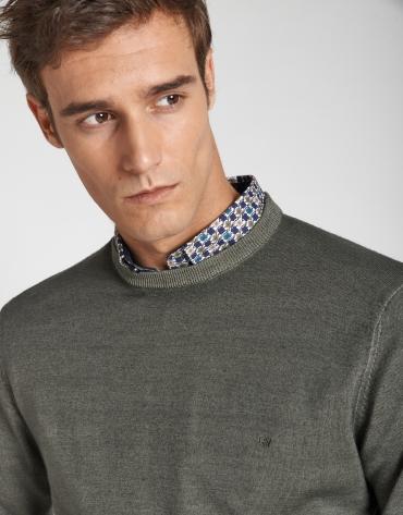 Jersey cuello caja lana tintada caqui