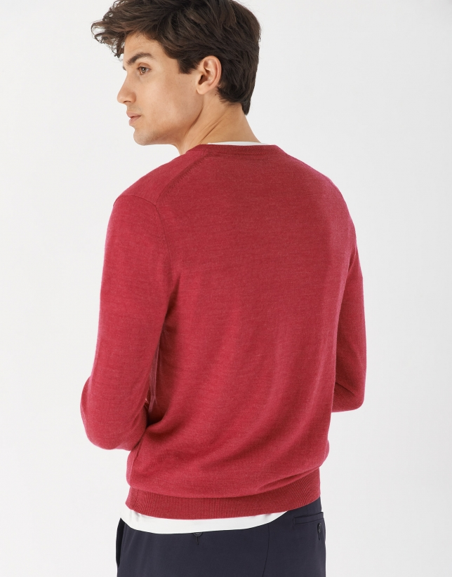 Raspberry sweater with V-neck