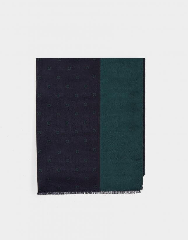 Fular azul franja lateral verde