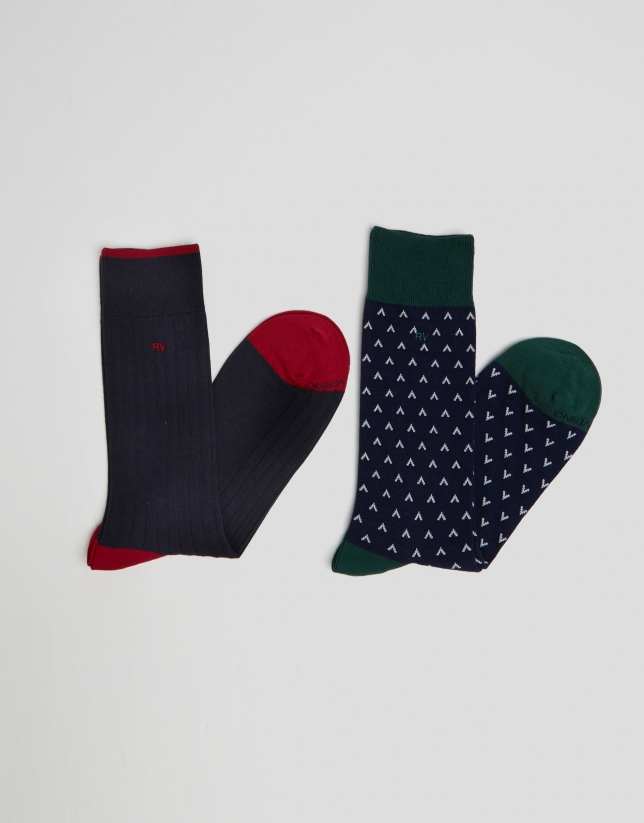Package of plain and geometric jacquard socks